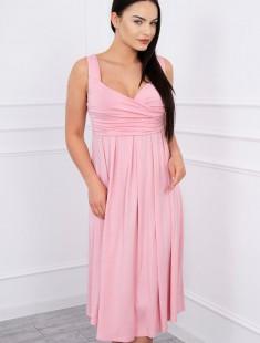 Powder pink kleit beebiootel naisele