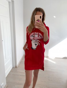 Kapuutsiga pusa-kleit