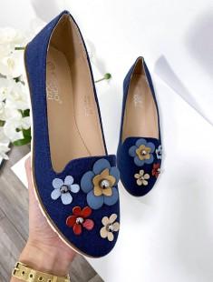 Lillekese detailidega stiilsed jalanõud